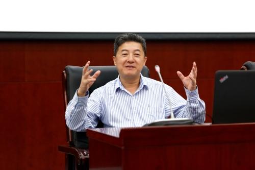 美籍科学家张首晟获国家领导人颁奖 对中国贡献多大