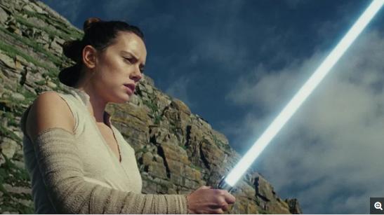 黛西・雷德利在《星球大战:最后的绝地武士》中扮演女主角蕾伊
