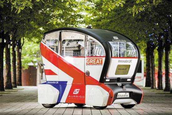 英国公司推出的无人驾驶公共汽车 图/视觉中国