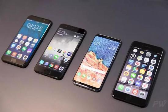 2018年的手机会变成什么样?各种技术变革指明路线