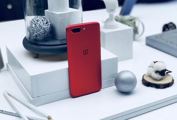 一加手机5T红色限量版