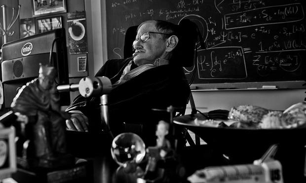 著名物理学家史蒂芬・霍金