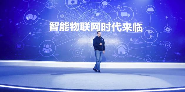 联想集团中国区总裁刘军发表演讲