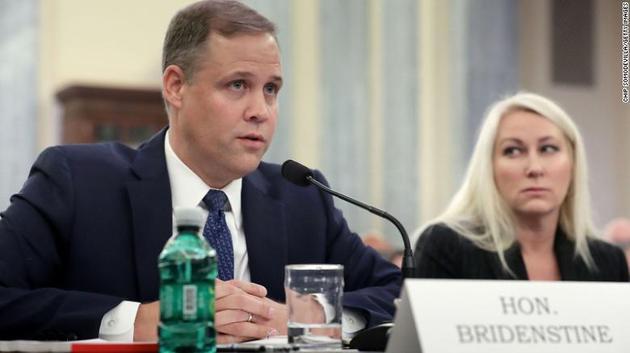 特朗普此前已经提名来自俄克拉荷马州的共和党国会议员吉姆·布莱登斯坦作为新一届的美国宇航局局长人选,但尚需要国会最终批准
