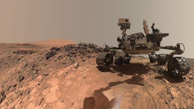 好奇号火星车,自从2012年8月份着陆火星以来,这辆火星车一直在尽职尽责的搜寻者火星潜在宜居环境的证据