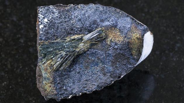 尸体可能长出蓝色晶体