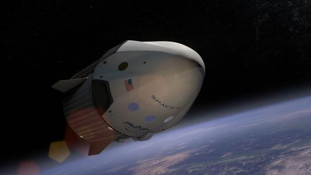 """正在太空飞行的""""龙-2""""飞船"""