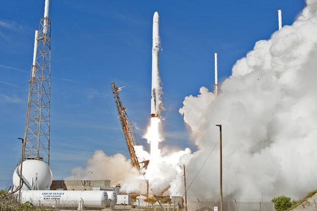 """SpaceX首次同时使用""""二手""""火箭与飞船 执行任务"""