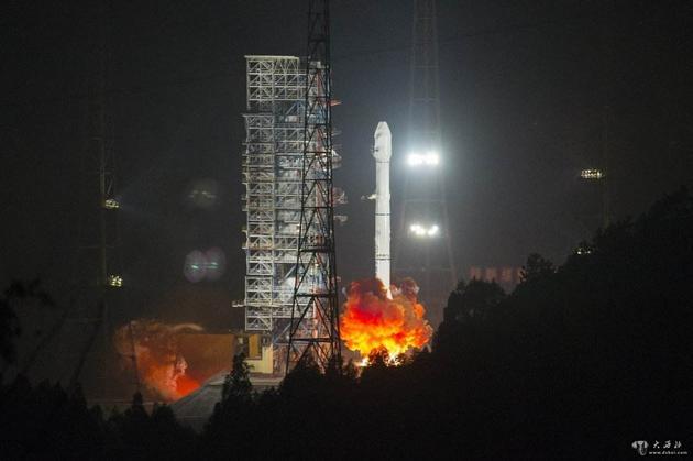 长征-3B运载火箭发射阿尔及利亚-1通信卫星