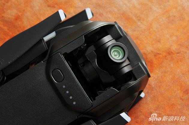 4K三轴云台相机