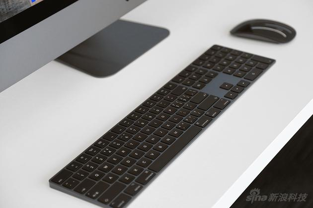黑色的鼠标键盘