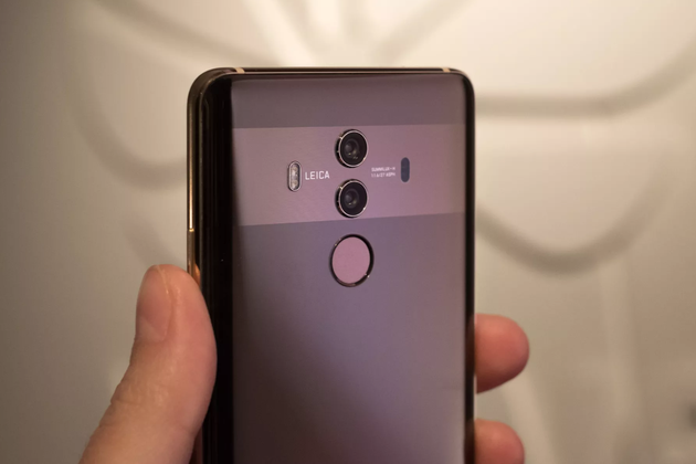 HUAWEI Mate 10 Pro手机在美国开始预售