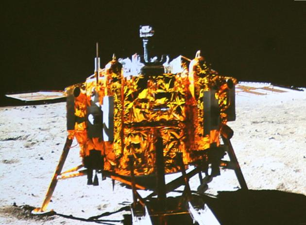 近年来,一场登陆月球的激烈太空竞争似乎正在紧张地进行着,吸引了全球许多国家的密切关注。