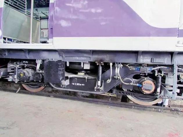 列车测试失败原因在于转向架设计上的失误