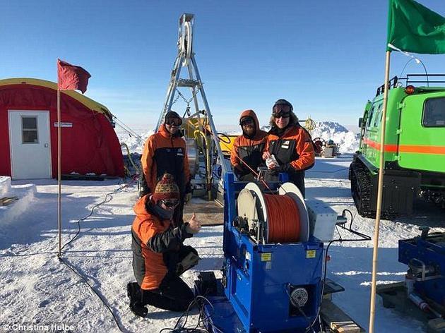 如果冰架底部海水周期性冻结,这将促使冰架变得更加稳固,避免冰架变薄。