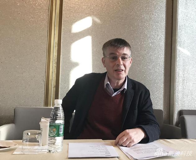 威盛电子全球行销副总裁Richard Brown先生