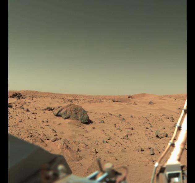 火星地表遍布沙丘和砾石,没有稳定的液态水