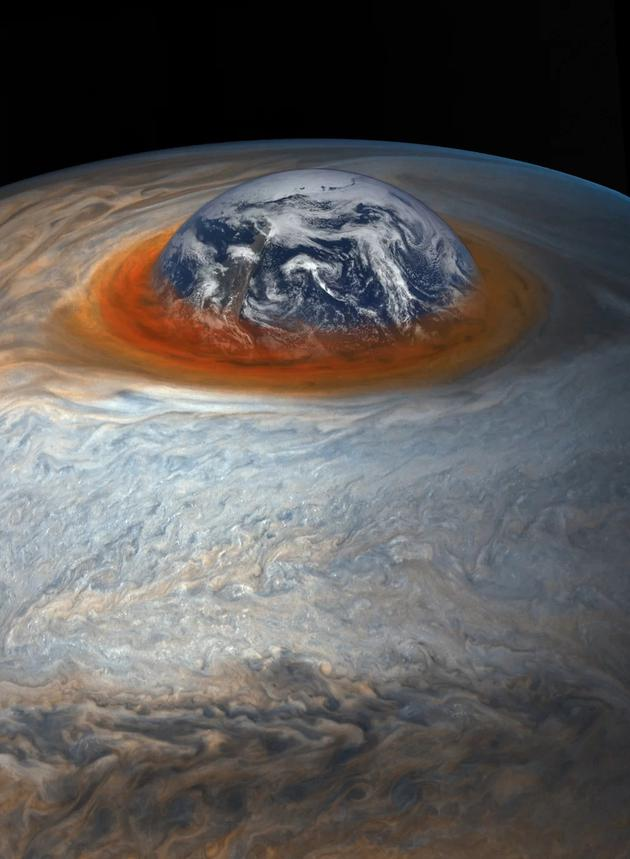 图中是大红斑与地球大小的对比,虽然大红斑非常大,但是持续逐渐缩小。依据19世纪的观测结果,大红斑的直径是地球直径的4倍,而2017年4月3日,大红斑直径达到16350公里,略小于地球直径的1.3倍。