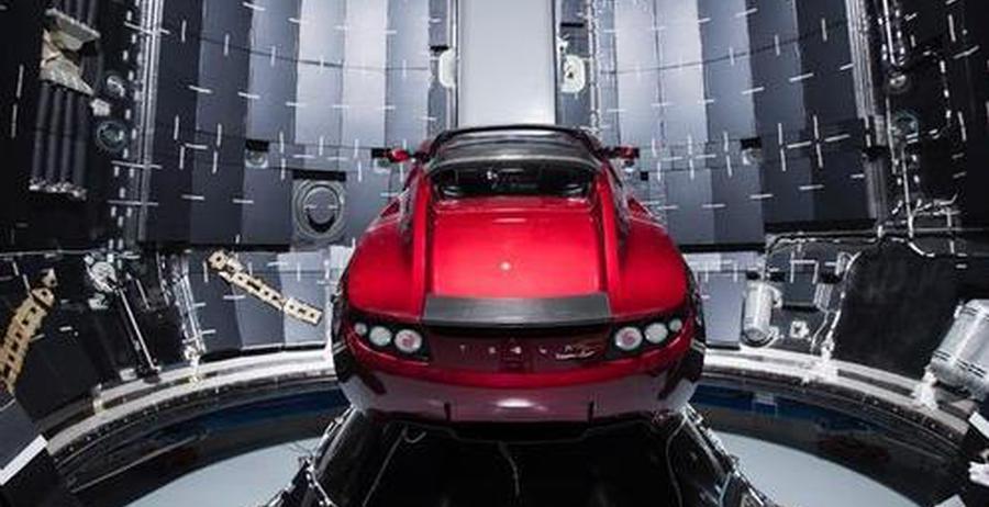 特斯拉跑车进入太空后命运几何?四种最糟糕假设
