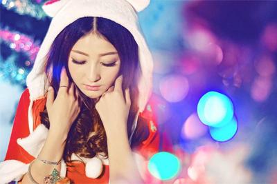 要圣诞帽头像拿起相机自己拍一个 圣诞相机推荐