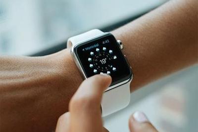 Apple Watch一到医院就不停重启:原因居然是它