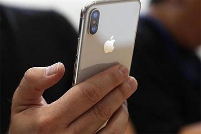 iPhone X曝手机来电黑屏问题 无法接听电话