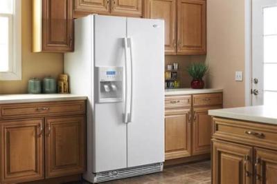 家电指南:冰箱冷藏室里有积水怎么回事?