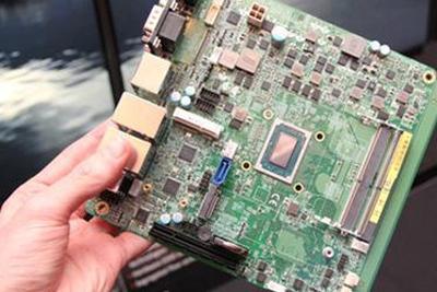 AMD发布EPYC 3000/Ryzen V1000 强力迷你电脑终实现