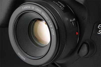 什么样的镜头最适合拍人像?并不是你的相机不行