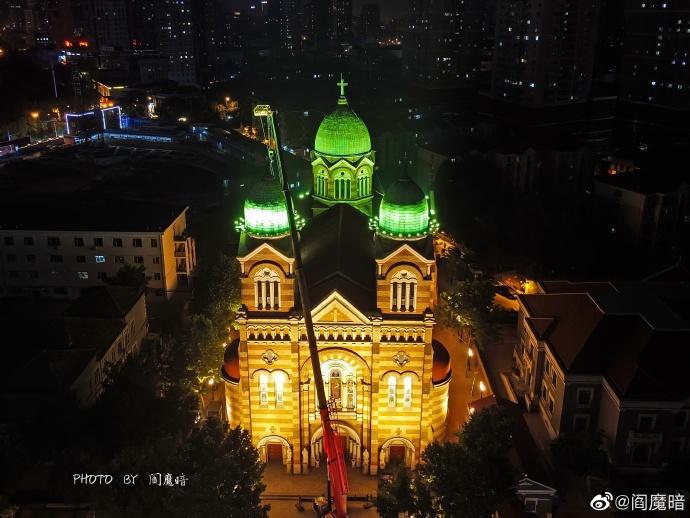 西开教堂的美丽之夜