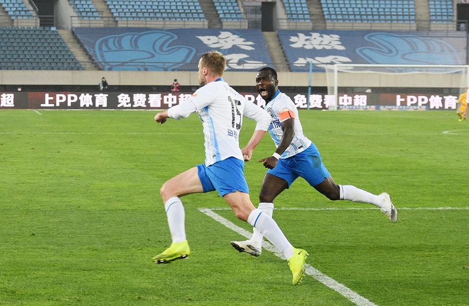 中超-巴斯蒂安斯破门 总比分泰达3-1胜深圳提前保级