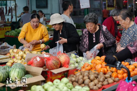 水木天成菜市场重装开业