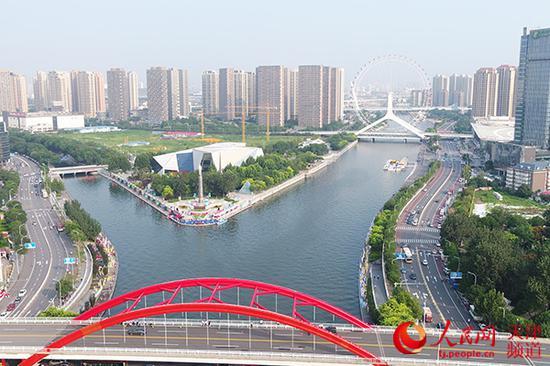 如今的海河,水清、岸绿、景美。天津市委网信办供图