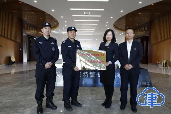 服务沉下去 解题办法多:天津东丽区一站式服务的企业体验