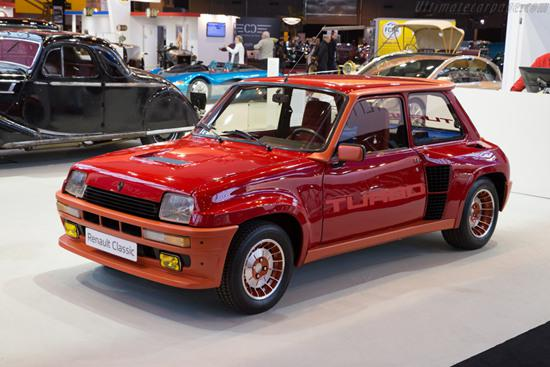 激情四射的高性能掀背车型-Renault 5 TURBO