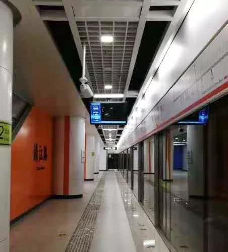 线路:与目前所有地铁均有换乘