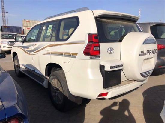 2018款丰田普拉多2700一个配置一个价格