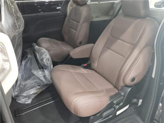 2019款加版丰田塞纳商务车天津港报价低