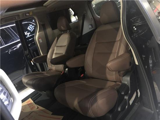2020款丰田塞纳奢华商务车配置大大提升