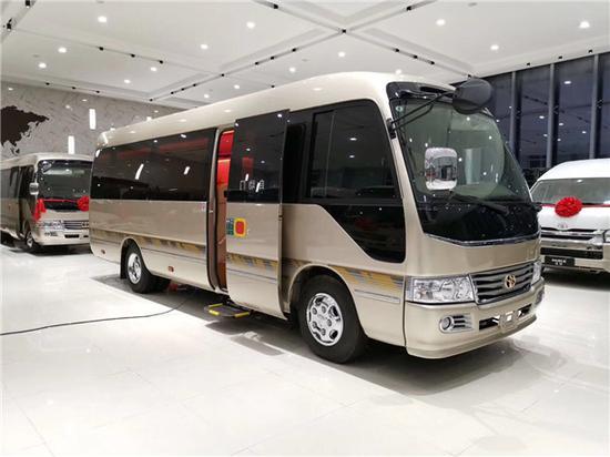 丰田考斯特中巴车改装 天津工厂私人订制