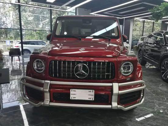 2020款奔驰G63红色惊艳全场正能量中国红