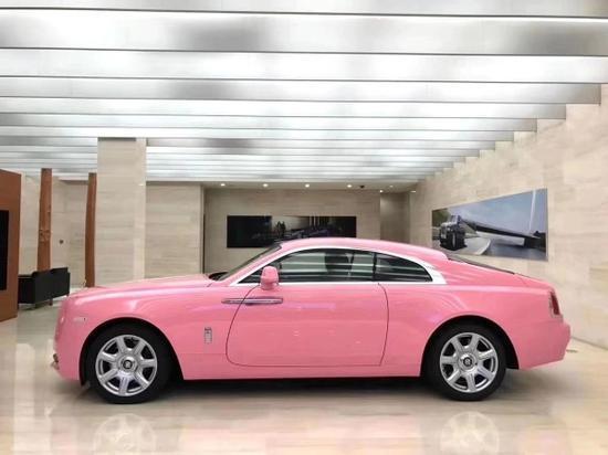 20款劳斯莱斯魅影粉红色魅力跑车优惠多