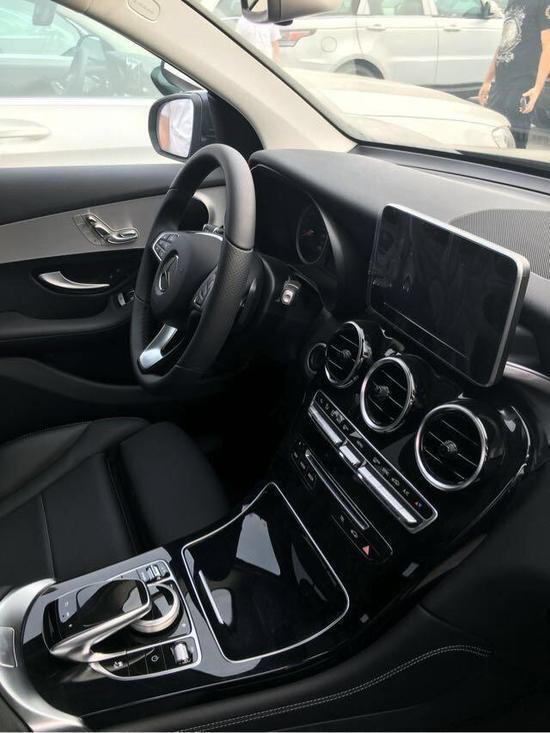 最便宜的报价进口2017款奔驰glc300平行-新浪汽车逆天福运之农女图片