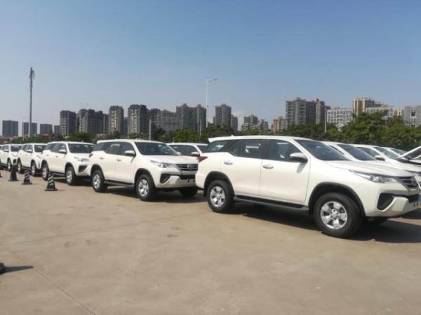 19款丰田穿越者2.7L 霸气高性能越野SUV