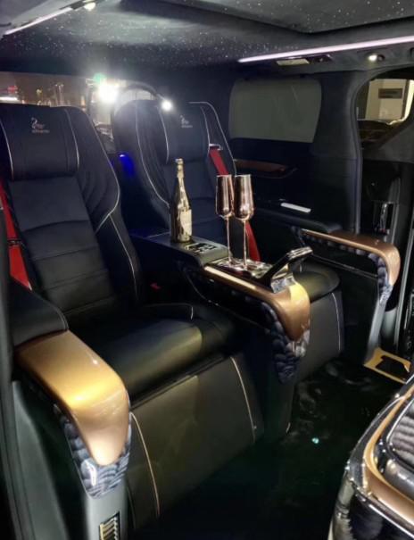 丰田高端MPV埃尔法蒙娜丽莎 促销降价中