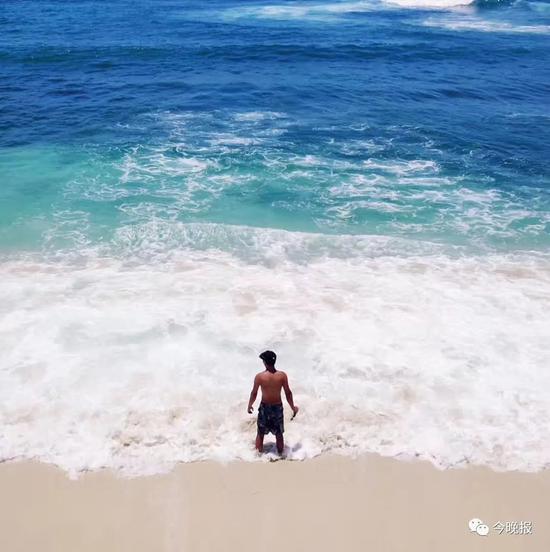 摄于印度尼西亚蓝梦岛