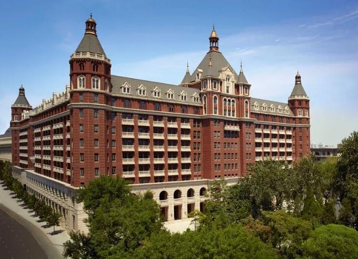 天津丽思卡尔顿酒店外观