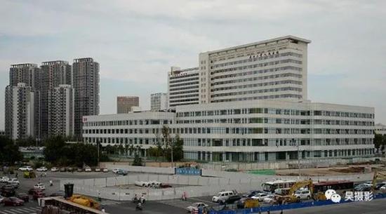 2016年9月,天津市人民医院扩建三期工程急救综合楼项目完工。 张磊 摄