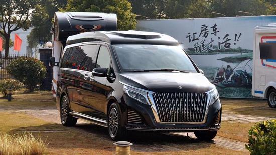 奔驰私人订制V260L高顶银河版商务车