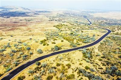 两会热点画报 推动绿色发展 建设美丽中国